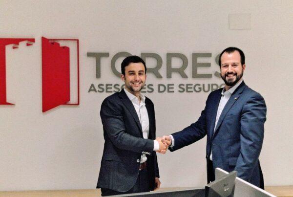 Torres Asesores firma un acuerdo de colaboración con Uniteco, para dar protección personal y profesional a los médicos de Alicante